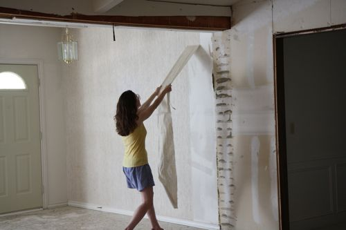 Do You Have To Remove Wallpaper Glue Before Painting
